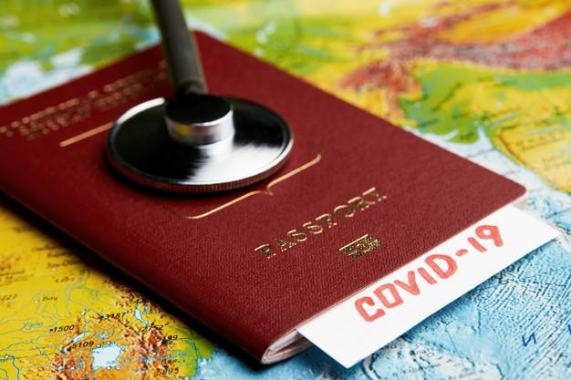 Daniel Madariaga Barrilado considera prudente acelerar la implementación del pasaporte covid.