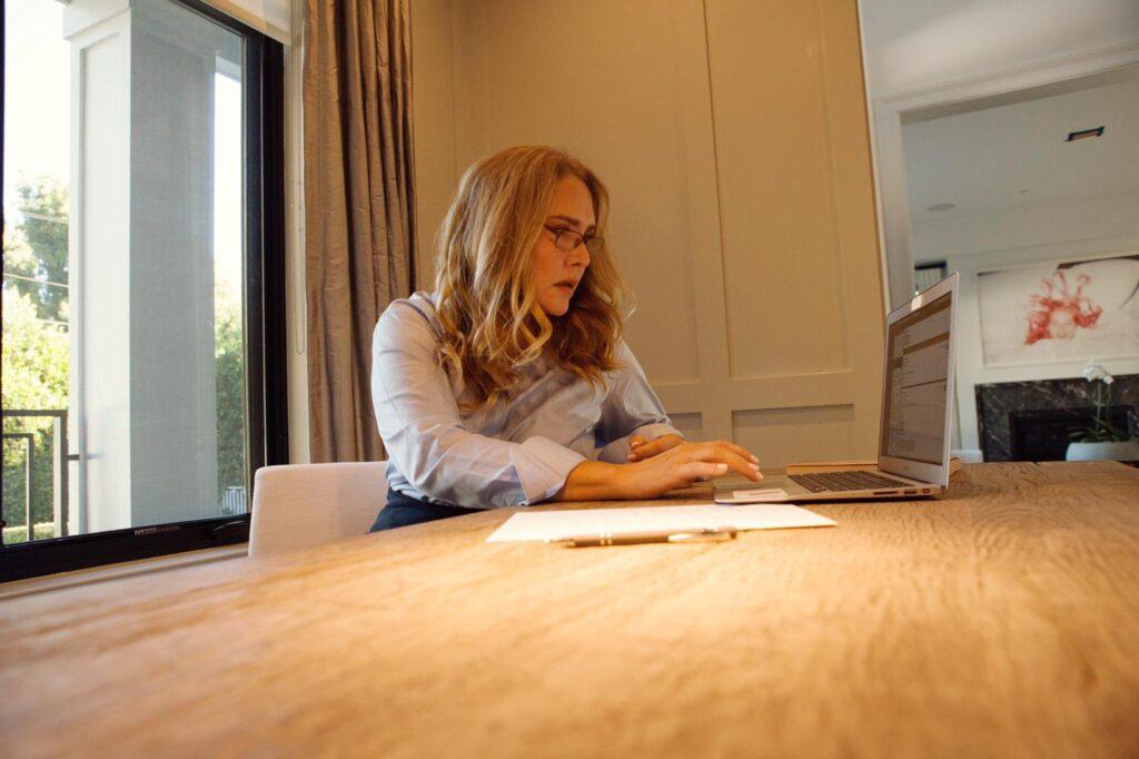 Para entender el escenario empresarial femenino, Angélica Fuentes Téllez establece como parámetro de crecimiento los dos últimos años.